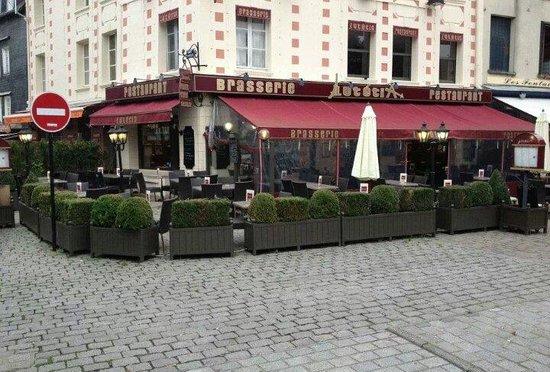 Le lutetia photo de lut tia honfleur tripadvisor - Restaurant le paris lutetia ...