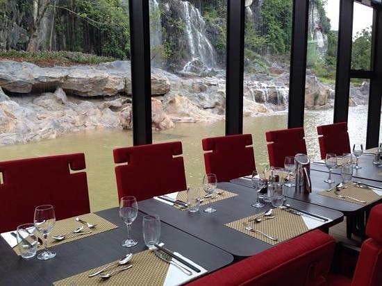 Club med Guilin restaurant