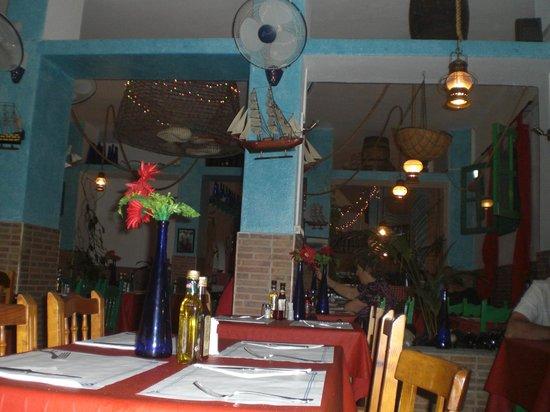 Restaurante La Chalana : interno del locale