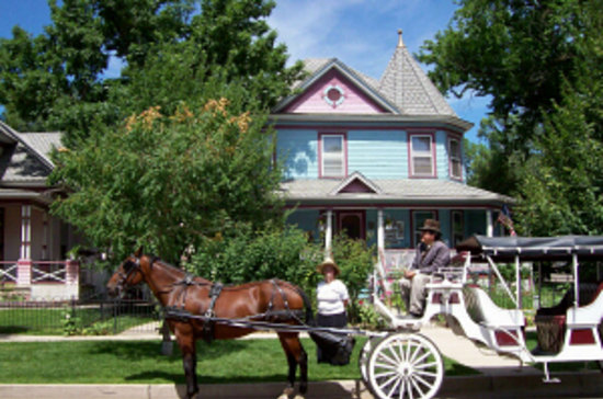 Holden House - 1902 Bed and Breakfast Inn: Holden House - A Victorian treasure in Colorado Springs, Colorado!