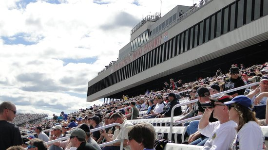 New Hampshire Motor Speedway : the stands