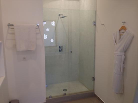 Mooi Hotel : douche