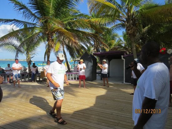 Oyster Bay Beach Resort: Tom Dancing