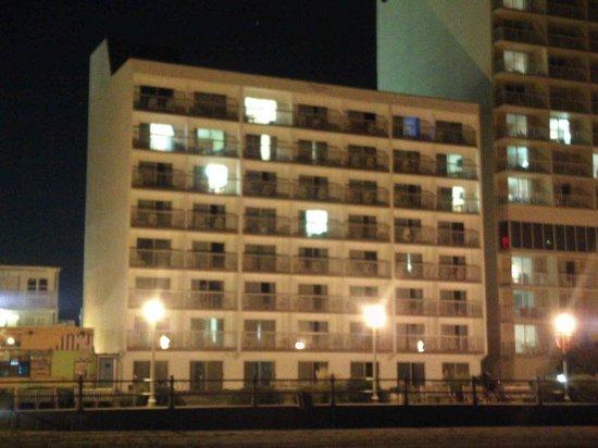 Ocean Suites : Ocean side view of hotel