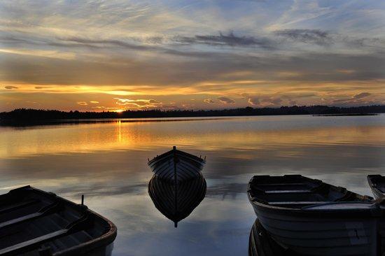 لوف أول لودج: The evening sun