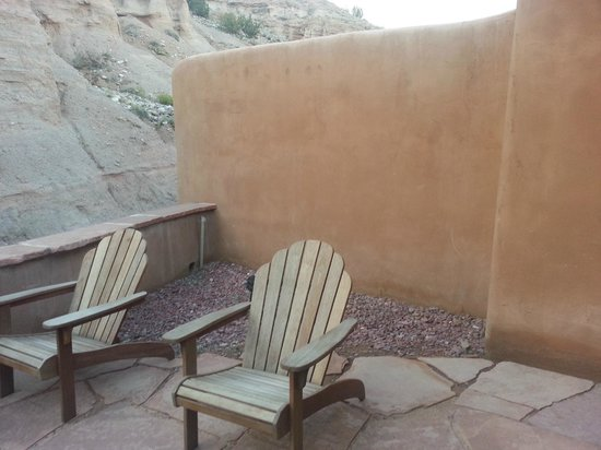 Ojo Caliente Mineral Springs Resort and Spa: Patio