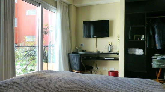 BoBo Hotel: Cuarto