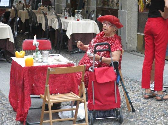 Quartier Brera : Colourful Fortune Teller