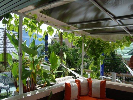 SEA Harmony Eco Lodge: Het terras boven