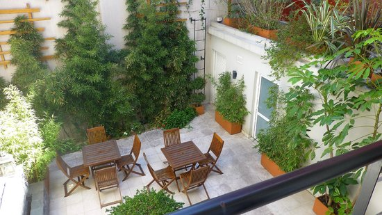 BoBo Hotel: Vista terraza