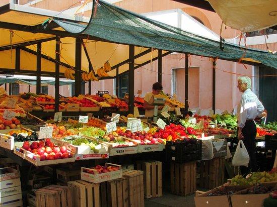 Ca' Barba B&B: Rialto Market