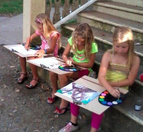 Random Art: Junior Artists in the Park