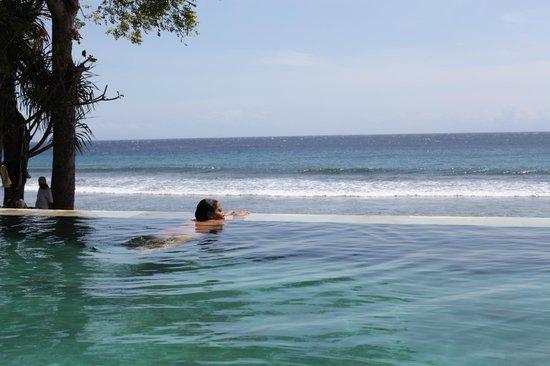 Qunci Villas Hotel: Seapool