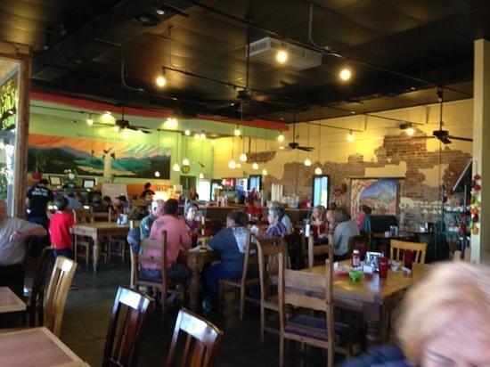 Cafe Garcia : inside