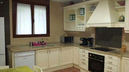 Casa Rural Aguas del Venero: cocina