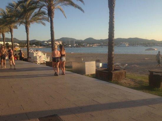 Hostal Apolo: Beach front