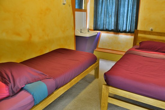 Duke Hostel: Twin Room
