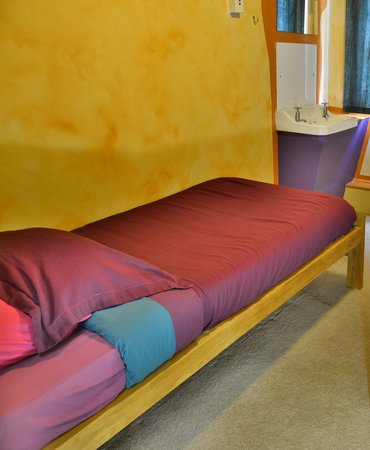 Duke Hostel: Single Room