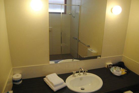Comfort Inn Grange Burn: Bathroom