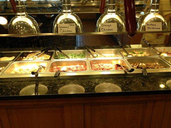 Osake Sushi & Hibachi Buffet: buffet with hand written labels