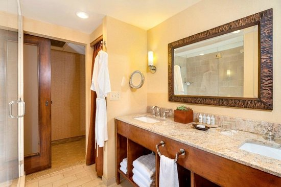 Lake Arrowhead Resort and Spa, Autograph Collection: Guest Bath