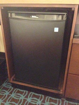 Fairfield Inn Philadelphia Airport: new mini fridge