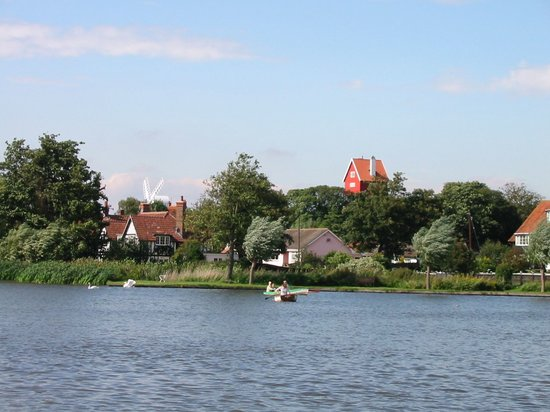 Thorpeness, UK: The Mere