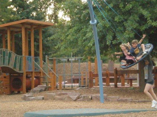 Yarra Glen Adventure Playground, McKenzie Reserve: Giant swing