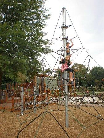 Yarra Glen Adventure Playground, McKenzie Reserve: Fun climbing frame