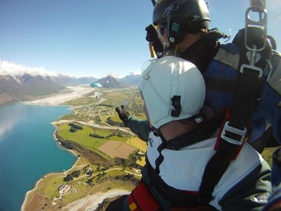 Skydive Paradise: Skydiving in Paradise