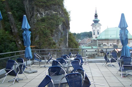 AllYouNeed Hotel Salzburg: roof top lounge for buffet breakfast