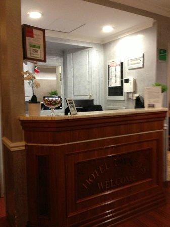 Hotel Cavour: Recepção