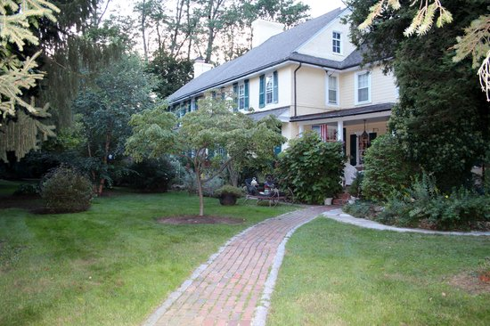 The Pennsbury Inn: front of house
