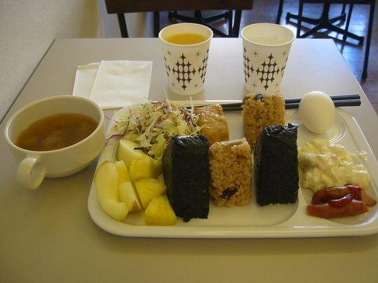 Comfort Hotel NARA: 庶民的で美味しい朝食