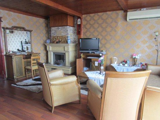 Angel's Home Hotel : Room 424 Angel's Suite