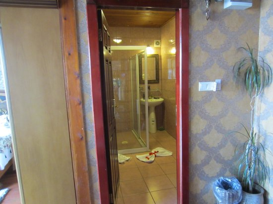 Angel's Home Hotel: Room 424 Angel's Suite