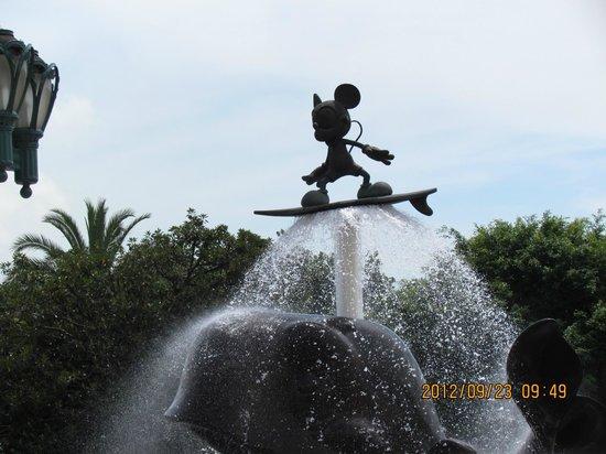 ฮ่องกงดิสนีย์แลนด์: mickey :)