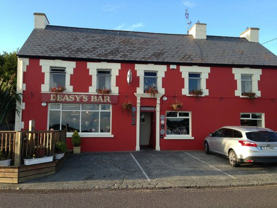 Deasy's Pub & Fish Restaurant : A view of the restaurant