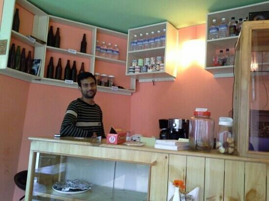 Hotel Naggar Delight: Excellent coffe