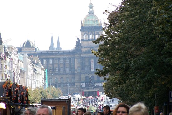 City Bike Prague : Wenceslas Square - which is really rectangular...
