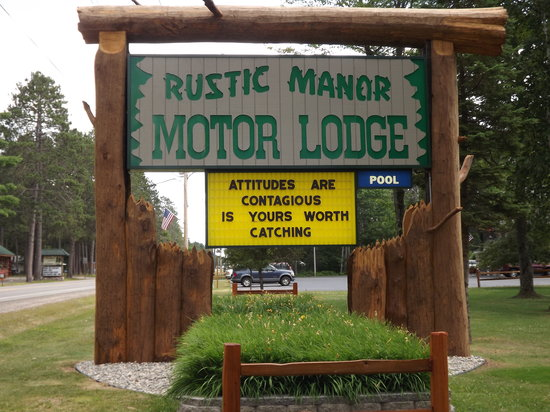 Rustic Manor Motor Lodge: New look for 2013