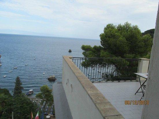 Jonic Hotel Mazzaro: view from balcony