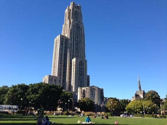 The Nationality Rooms : the cathedral of learning