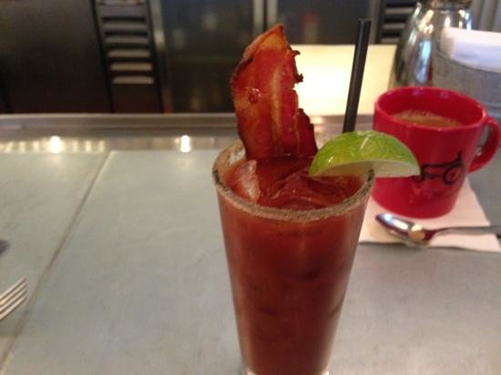 Boon Fly Cafe: bloody mary with bacon