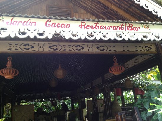 Bamboo Restaurant: Entrance of Jardin Cacao Restaurant at Fond Doux Holiday Plantation