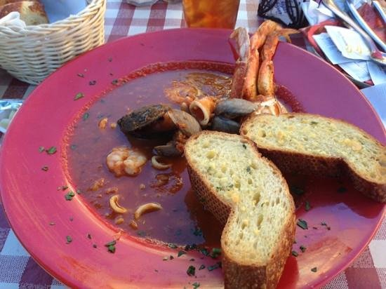 Cioppino's : yum