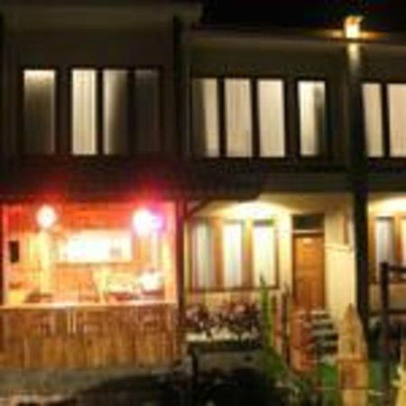 Bingin Inn: warung