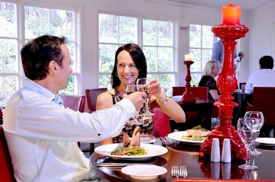 Bella Char Restaurant + Wine Bar: Bella Char Restaurant