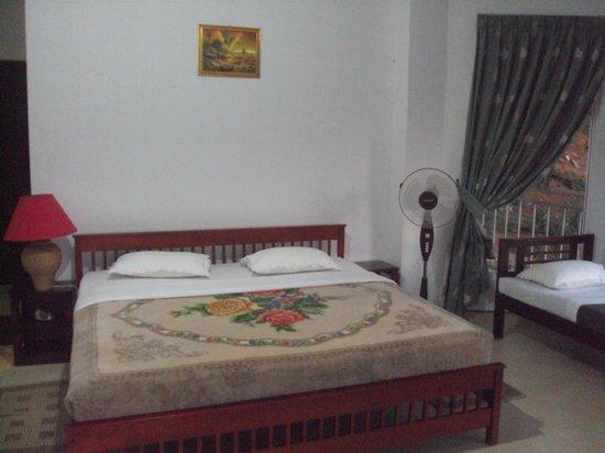 Thuruliya Lodge : In the room