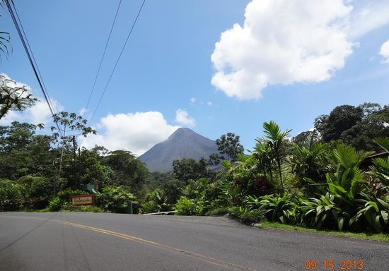 Tabacon Thermal Resort & Spa: View of the Arenal Volcano